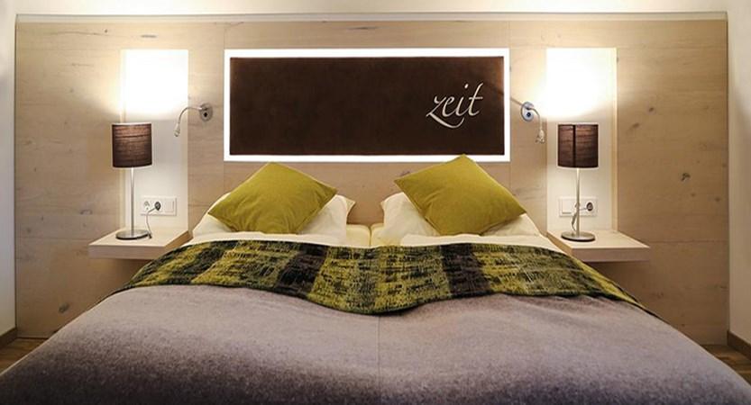 Hotel Seespitz, Seefeld, Austria - Bedroom interior.jpg
