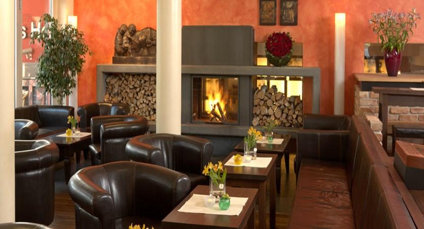 Das Hotel Eden, Seefeld, Austria - lounge.jpg