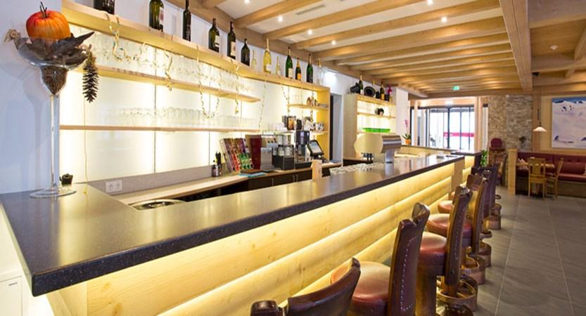 Hotel Alte Post, St. Anton, Austria - bar interior.jpg