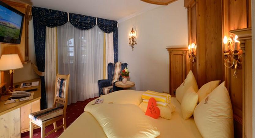 Hotel Alte Post, St. Anton, Austria - Bedroom.jpg