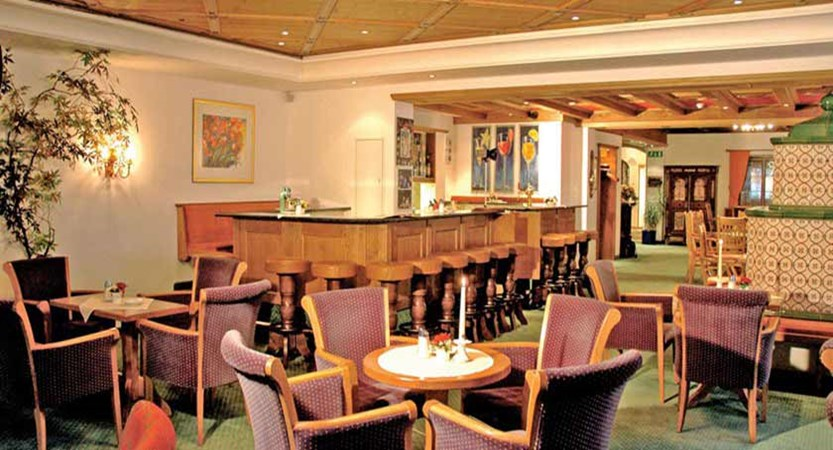 Hotel Arlberg, St. Anton, Austria - Bar area.jpg