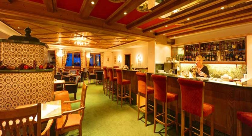 Hotel Arlberg, St. Anton, Austria - Bar.jpg