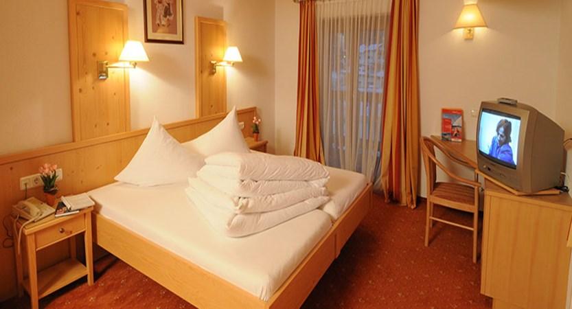 Hotel Nassereinerhof, St. Anton, Austria - bedroom interiors.jpg