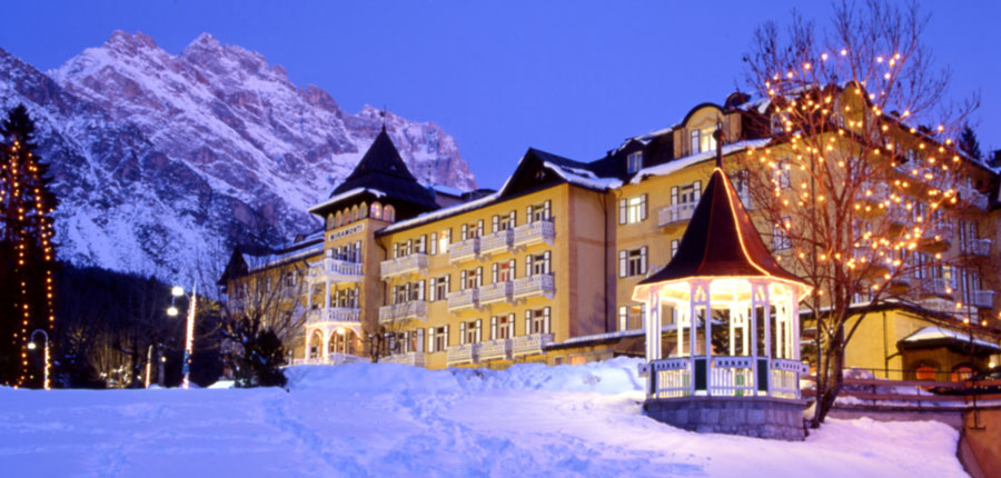 italy_cortina_d'ampezzo_grand_hotel_miramonti_majestic_exterior.jpg