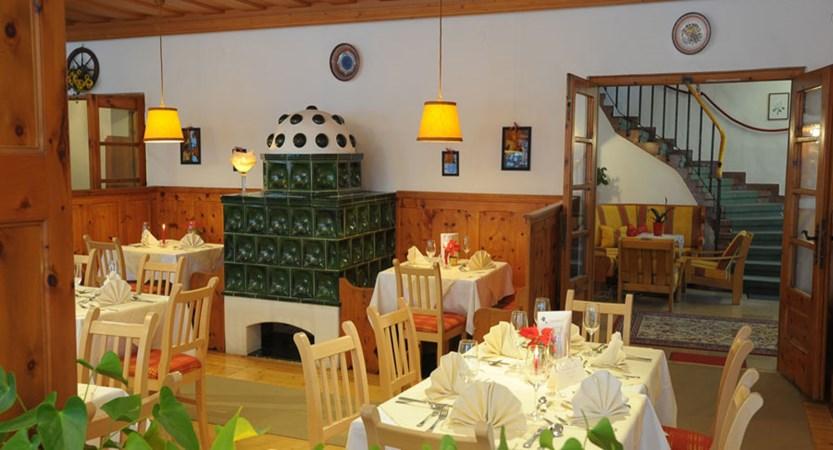 Seehotel Schlick, Fuschl, Salzkammergut, Austria - restaurant.jpg