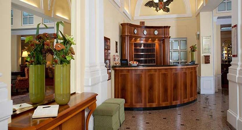Hotel Kaiserhof, Vienna, Austria - reception.jpg