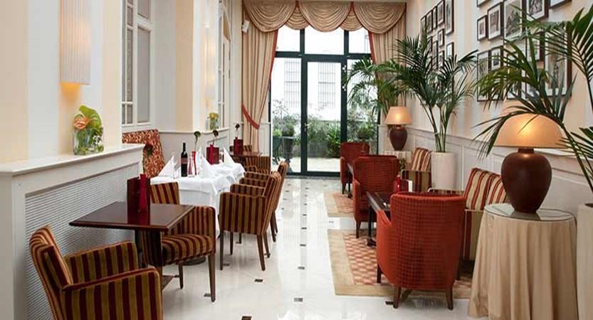 Hotel Kaiserhof, Vienna, Austria - winter garden.jpg