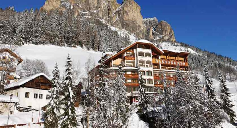 italy_dolomites_corvara_hotel _sassongher_exterior.jpg