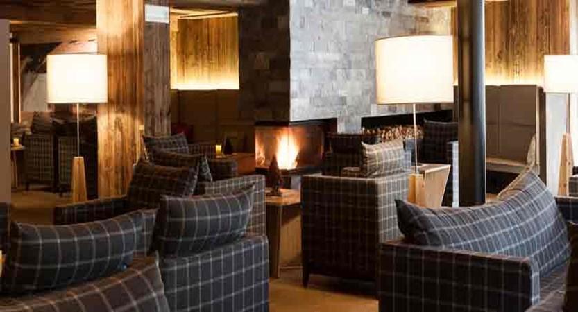 italy_dolomites_corvara_hotel-col-alto_lounge2.jpg
