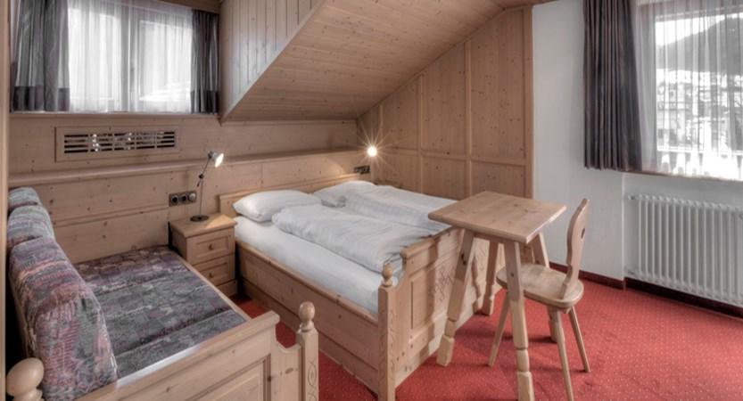 italy_dolomites_corvara_garni-bracun_bedroom.jpg