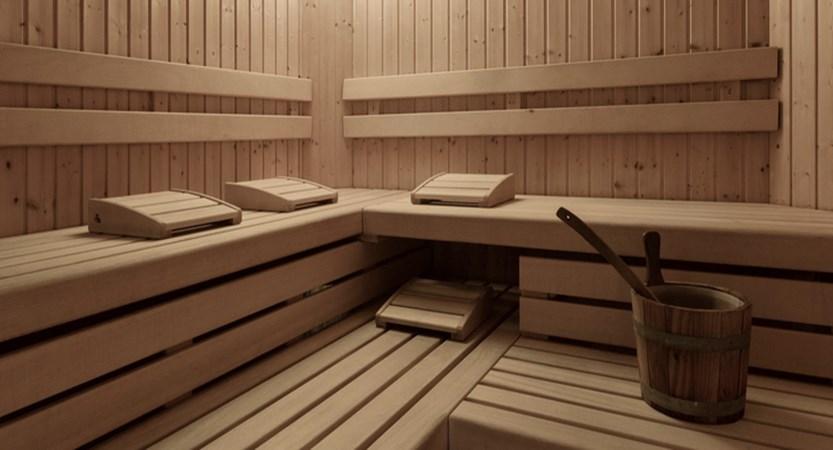 italy_dolomites_corvara_garni-bracun_sauna.jpg