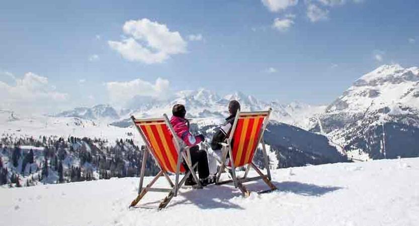 italy_dolomites_corvara_skiers.jpg