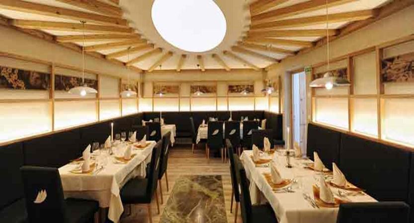 italy_dolomites_kronplatz_hotel-teresa_restaurant.jpg