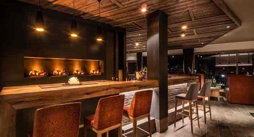 italy_dolomites_la_villa_hotel_christiania_bar.jpg