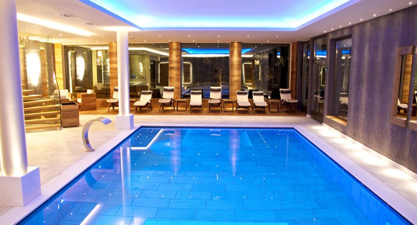 italy_dolomites_selva_art_hotel_anterleghes_indoor_pool.jpg