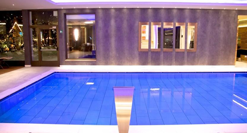 italy_dolomites_selva_art_hotel_aaritz_indoor_pool2.jpg