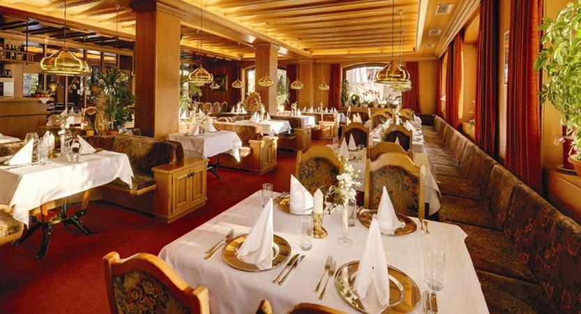 italy_dolomites_selva_hotel-alaska_restaurant.jpg