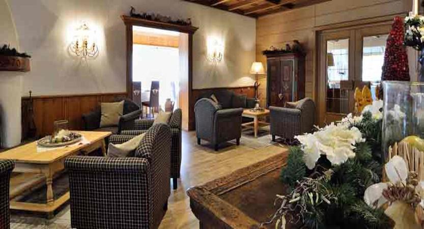 italy_dolomites_selva_hotel-pralong_lobby.jpg