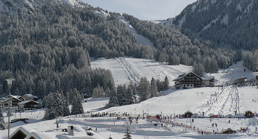 Italy_The-Dolomites-Ski-Area_Selva_Resort-view2.jpg