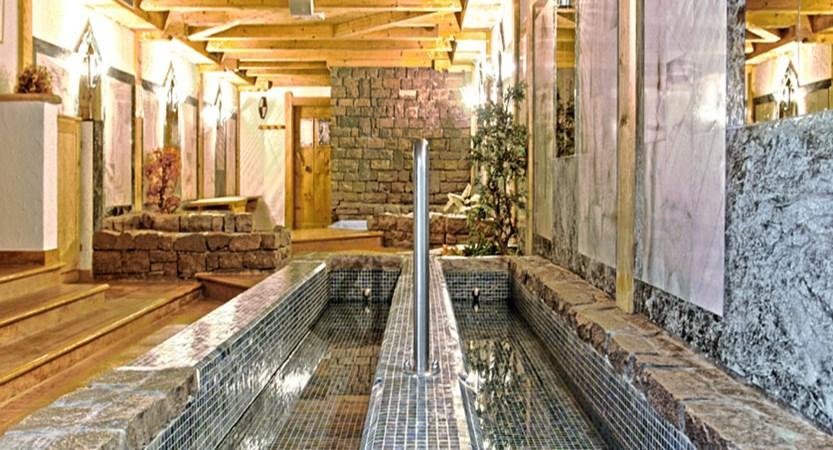 Italy_San-Cassiano_Hotel-la-stua_Spa2.jpg