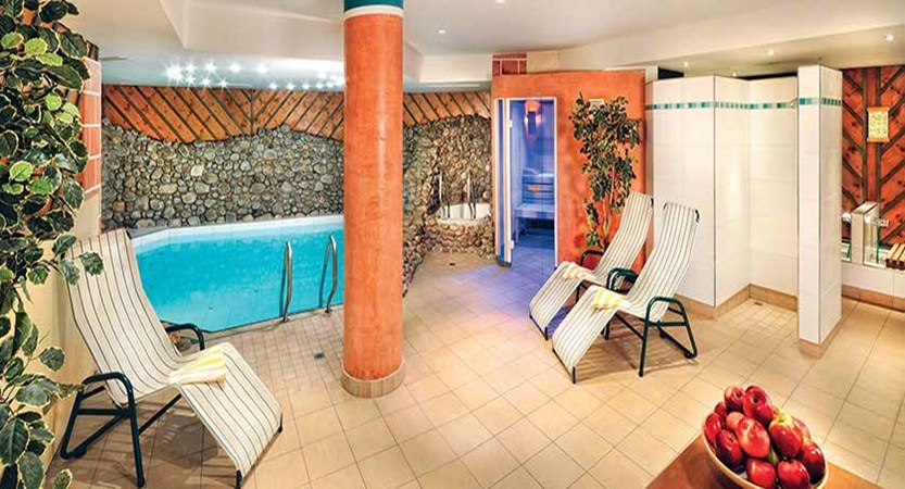 Hotel zum Hirschen, Zell am See, Austria - indoor pool.jpg