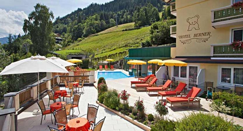 Hotel Berner, Zell am See, Austria - pool&terrace.jpg