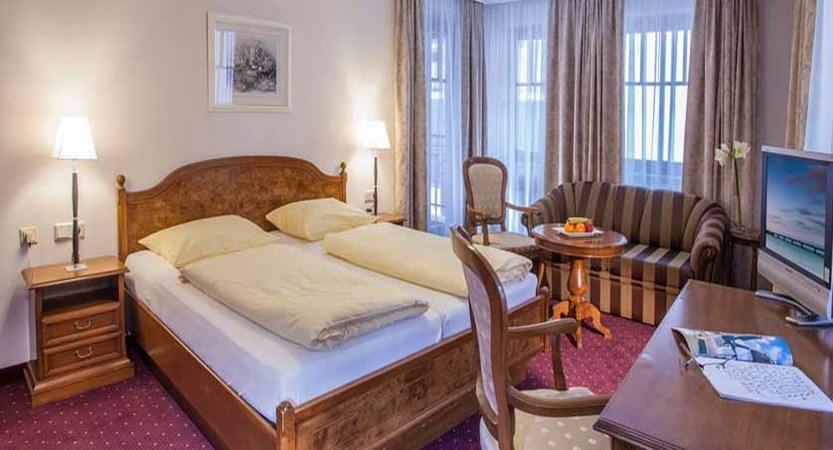 Hotel Feinschmeck, Zell am See, Austria - deluxe bedroom.jpg