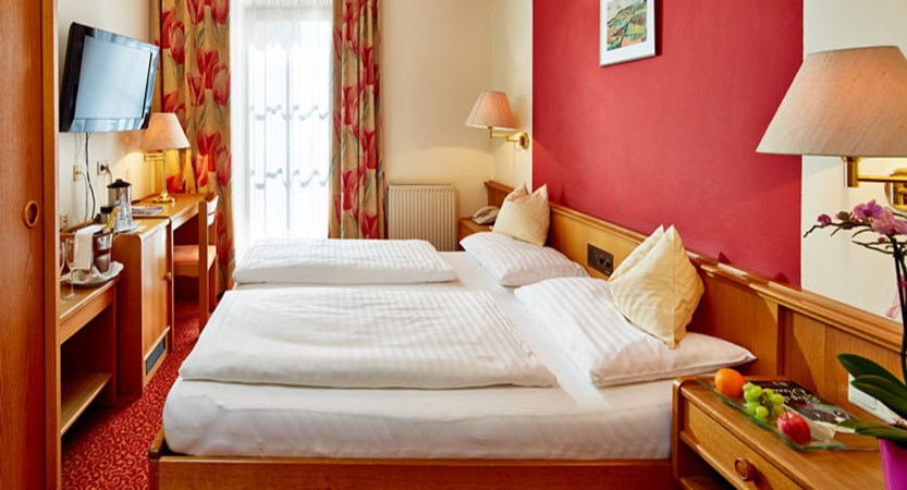 Hotel Fischerwirt, Zell am See, Austria - Bedroom.jpg