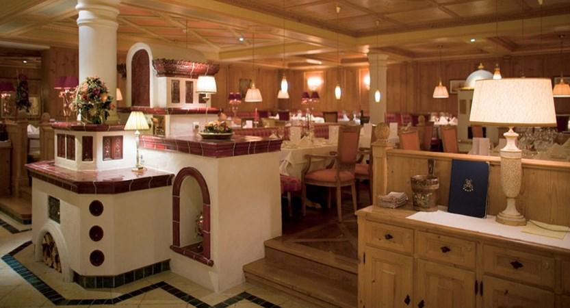 Hotel Salzburgerhof, Zell am See, Austria - dining room interior.jpg
