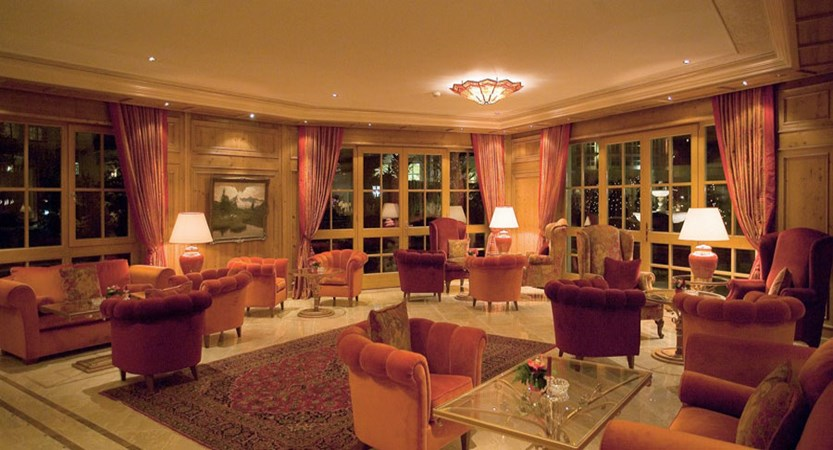 Hotel Salzburgerhof, Zell am See, Austria - lounge.jpg