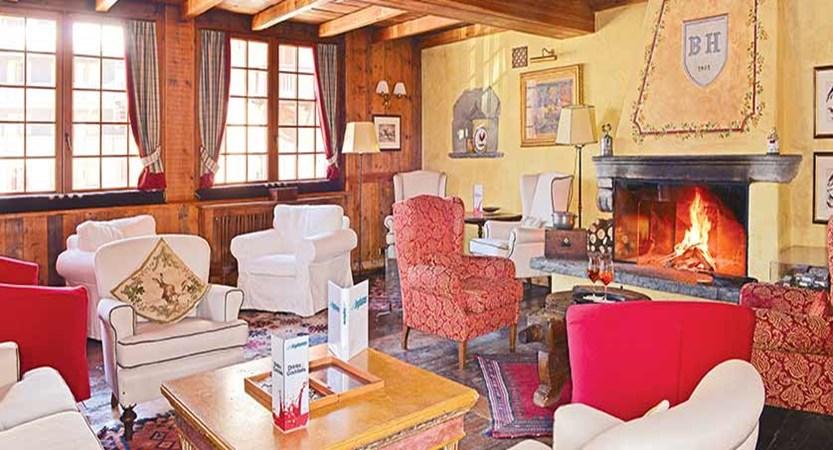 Chalet Hotel Breithorn, Champoluc, Italy - lounge.jpg