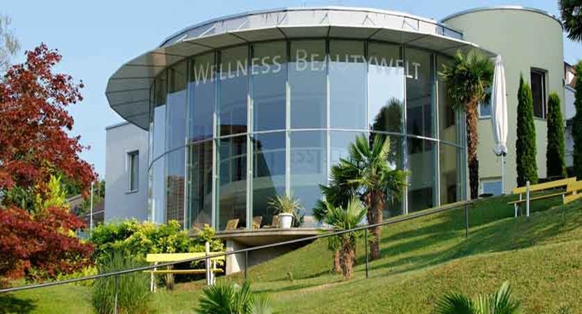 Hotel Alexander, wellness exterior.jpg