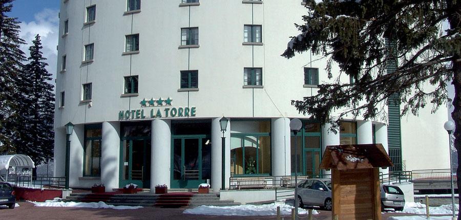 italy_milky-way_sauze-d'oulx_hotel-la-torre_exterior.jpg
