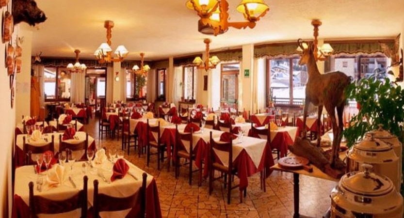 italy_milky_way_ski_area_sestriere_banchetta_hotel_resturant.jpg