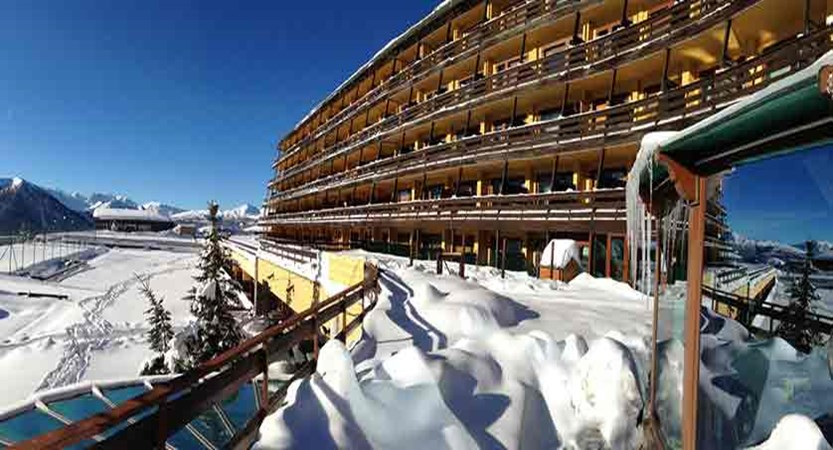 italy_milky_way_ski_area_sestriere_grand_hotel_sestriere_exterior.jpg