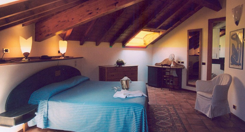 Lenno Hotel, Lenno, Lake Como, Italy - Bedroom with sloping roof.jpg