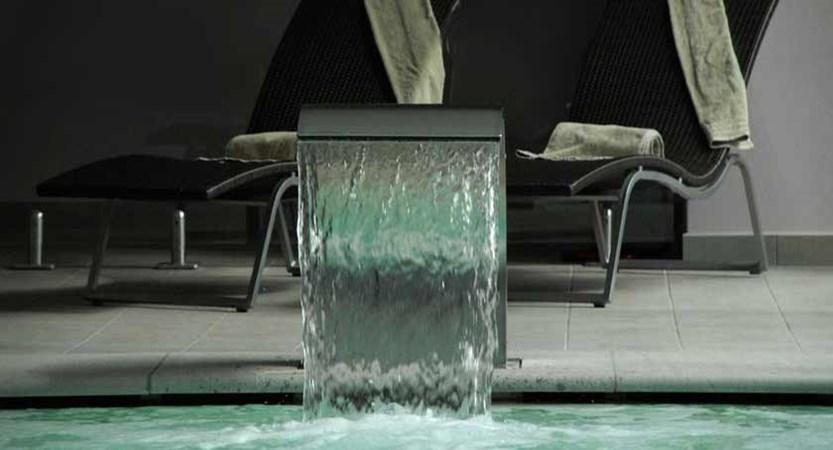 Grand Hotel Imperiale Resort & Spa, Moltrasio, Lake Como, Italy - Spa pool detail.jpg