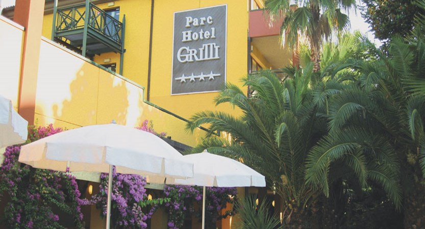 Parc Hotel Gritti, Bardolino, Lake Garda, Italy - Exterior of the hotel.jpg