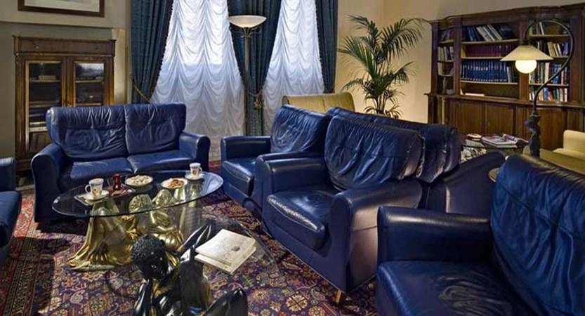 Hotel San Pietro, Bardolino, Lake Garda, Italy - Lounge.jpg