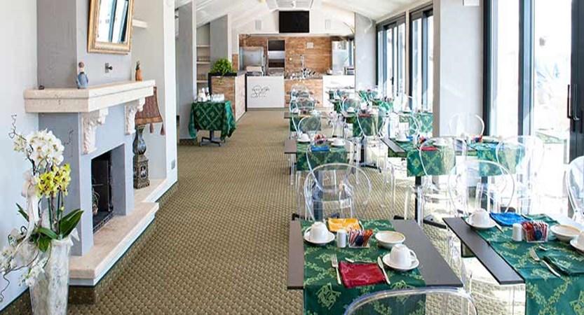 Hotel San Pietro, Bardolino, Lake Garda, Italy - Rooftop restaurant La Terrazza interior.jpg