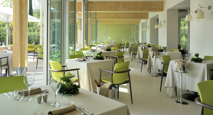 The Aqualux Hotel Spa & Suites, Bardolino, Lake Garda, Italy - restaurant.jpg