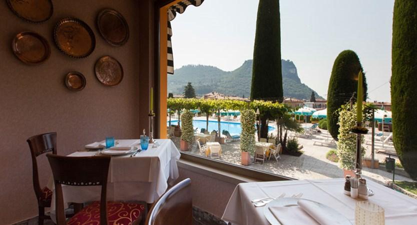 Hotel Garden, Garda, Lake Garda, Italy - Restaurant View.jpg