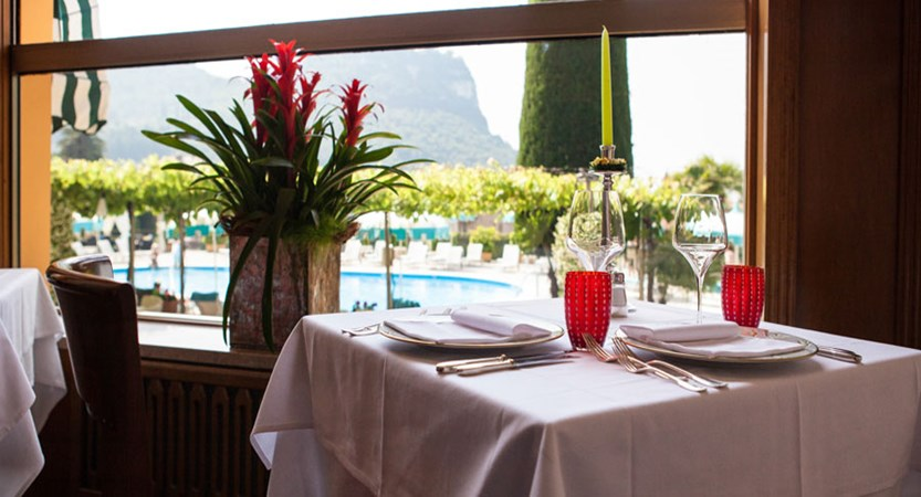 Hotel Garden, Garda, Lake Garda, Italy - Restaurant.jpg