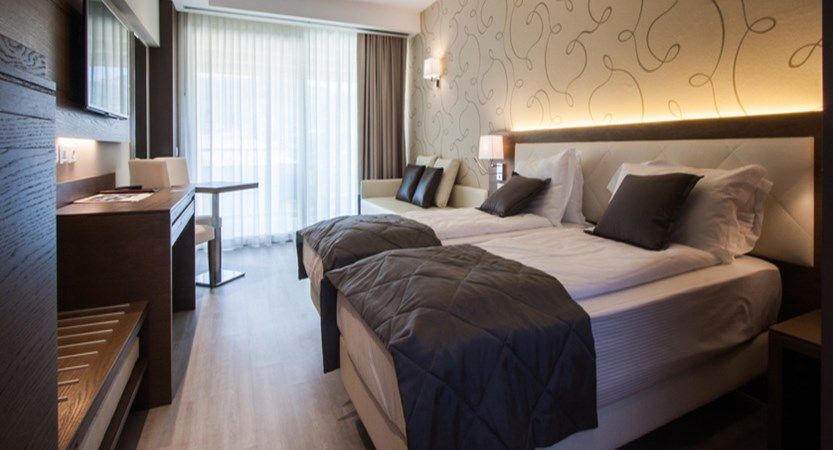 Hotel Bisesti, Garda, Lake Garda, Italy - renovated Junior Suite.jpg