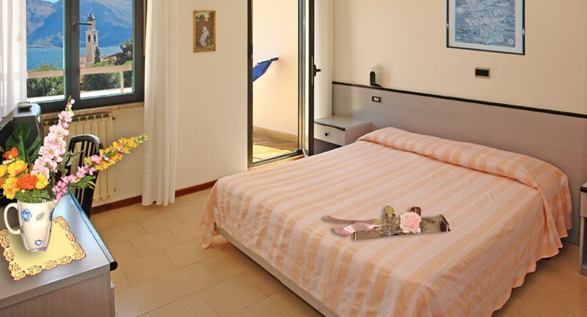 Hotel Europa, Limone, Lake Garda, Italy - bedroom.jpg