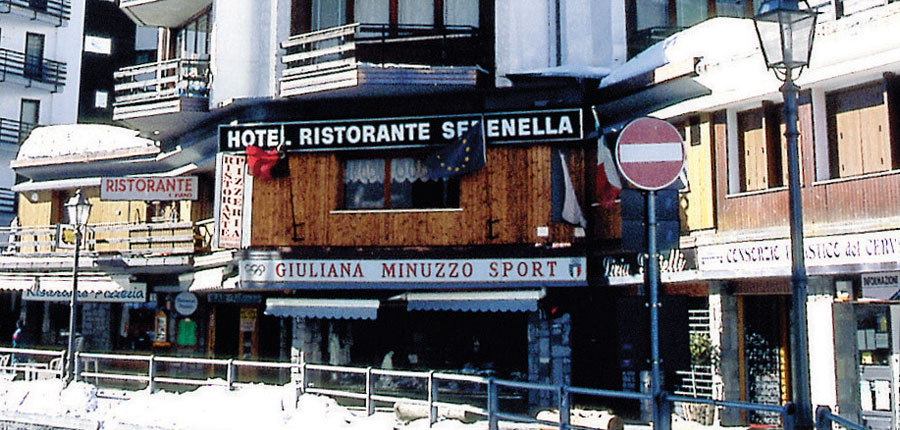 Italy_Cervinia_Hotel-Serenella_exterior.jpg