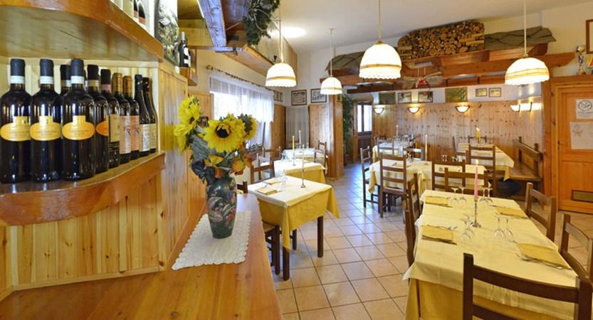 Italy_Cervinia_Hotel-Serenella_restaurant.jpg