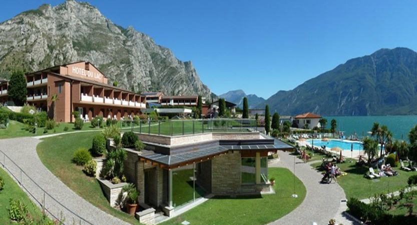 Hotel Du Lac, Limone, Lake Garda, Italy - exterior with view.jpg