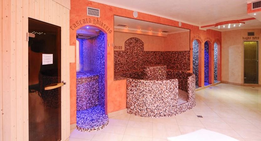 Hotel Garda Bellevue, Limone, Lake Garda, Italy - Wellness Centre.jpg