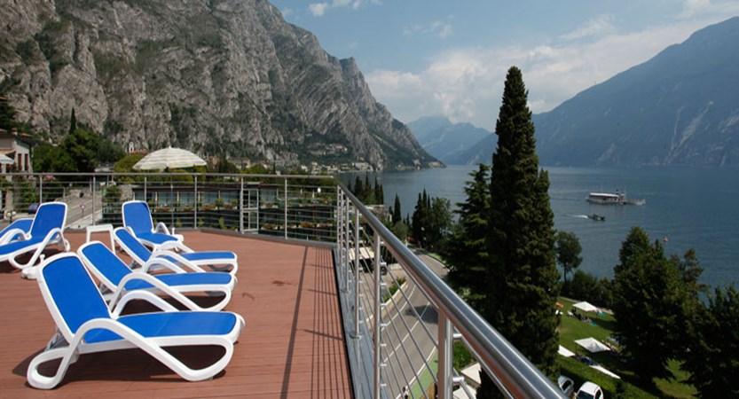 Hotel Sogno del Benaco, Limone, Lake Garda, Italy - Poolside lake view.jpg